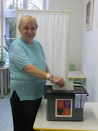 Ovolební právo nebyli ochuzeni ani pacienti kroměřížské nemocnice. Volební komise se za nimi vydala vpátek ve tři hodiny odpoledne.