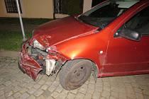 Autonehodu v centru Kroměříže. Řidič požil před jízdou alkohol.