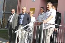 Z bývalé budovy základní školy ve Zdislavicích je nyní Středisko volného času. Ve čtvrtek 23. července bylo slavnostně otevřeno.