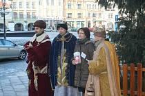 Charita tradičně uspořádala Tříkrálovou sbírku. Tři králové přišli také na kroměřížskou radnici.