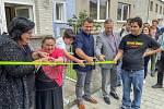 Pět klientů Domova se zdravotním postižením Barborka se v minulých dnech přestěhovalo do nového obydlí.