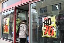Také na Kroměřížsku mohou lidé v rámci povánočních nákupů ušetřit na některém zboží až osmdesát procent.