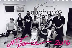 Finalisté reality show Kroměřížsko hubne si vyzkoušeli MTV Dance.
