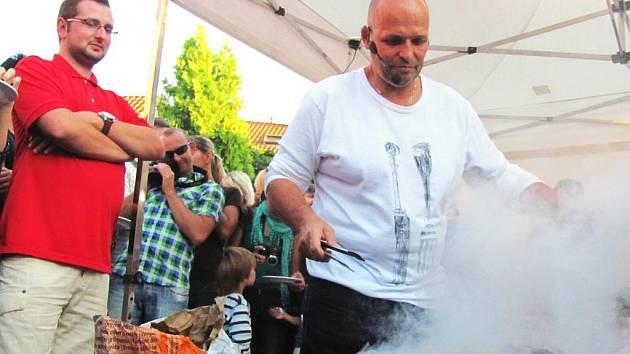 V Kroměříži se ve dnech od 16. do 18. září konal Moravia Food Festival Kroměříž 2011. Hostem festivalu byl šéfkuchař Zdeněk Pohlreich, známý z televizních pořadů Ano, šéfe! či Na nože.