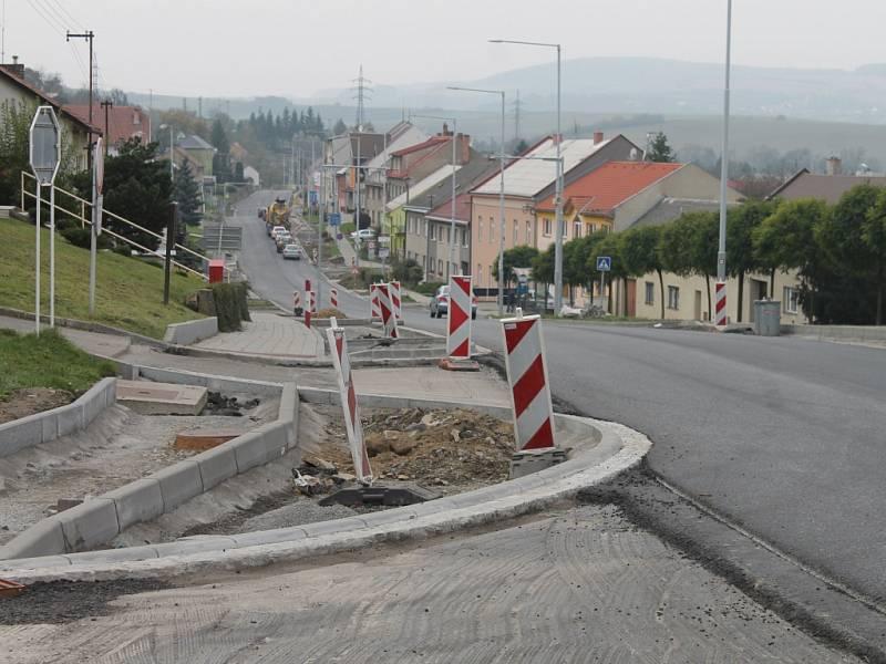 Opravená cesta ve Zdounkách už je průjezdná bez omezení.