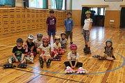 V pondělí v TyMy zahájili rovnou dva příměstské tábory: už ověřený Born to skate zaměřený na in-line brusle a letošní novinku v podobě Letního jazykového kempu, kde si děti procvičují angličtinu.