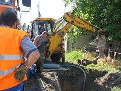 Stavba kanalizace. Ilustrační foto