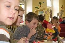 V Městské knihovně Hulín připravili ve čtvrtek 11. února 2010 pro děti srdíčkové odpoledne při příležitosti blížícího se svátku svatého Valentýna.