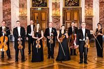 Letošní ročník nabídne v prostorách místního zámku koncerty s mimořádnými hosty.  Na snímku Kurpfälzisches Kammerorchester.