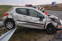Nehoda u Bezměrova v pátek 4. listopadu 2011.
