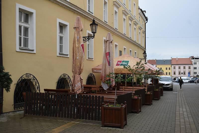 Zahrádky u restauračních zařízení v Kroměříži - 17. května 2021