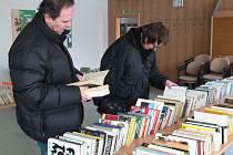 V Knihovně Kroměřížska se v úterý 15. listopadu 2011 uskutečnila burza knih.