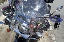 Motorkář skončil v péči záchranářů