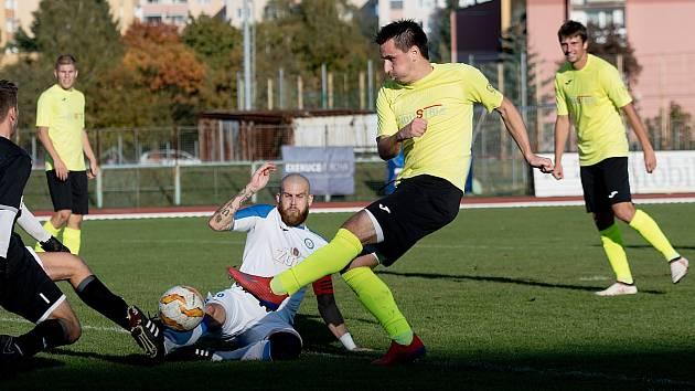 Fotbalisté Skaštic (ve žlutozelené). Ilustrační foto