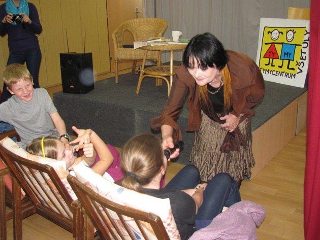Holešovské Středisko volného času Tymy se zapojilo do celostátní aktivity Česko čte dětem