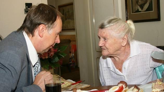 Marie Smejkalová oslavila 105. narozeniny.