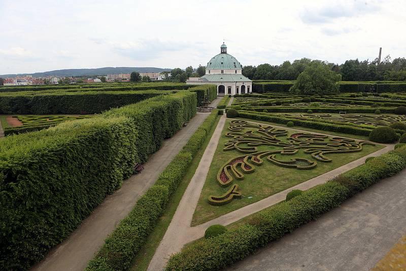Květná zahrada v Kroměříži na začátku června 2020