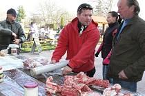 V neděli 13. listopadu 2011 se v Kyselovicích uskutečnily Zabíjačkové hody. Lidé mohli kupovat prdelačku, jitrnice, jelita, tlačenku, paštiku, sekanou či škvarky.