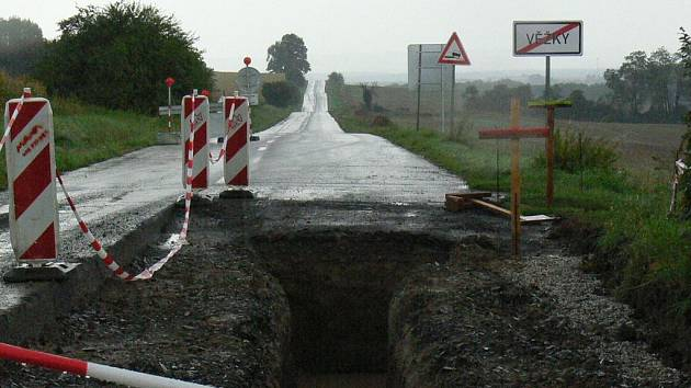 Úprava silničního průtahu.