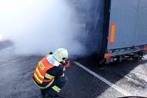 Požár kamionu u Cetechovic.
