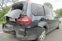 K dopravní nehodě, při níž se zranila řidička a spolujezdec, došlo v úterý 9. května mezi Záhlinicemi a Tlumačovem.