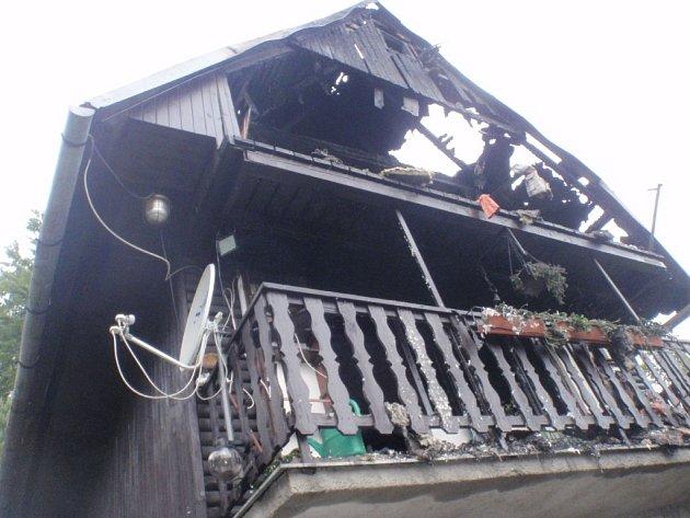 Požár chaty v Rajnochovicích