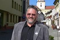 Rozhovor s Jiřím Kašíkem, lídrem kandidátní listiny ZVUK2012 pro Kroměříž do voleb do krajského zastupitelstva.