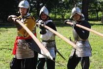 Kroměříž se v sobotu vrátila o několik století v čase. V Podzámecké zahradě se totiž konala historická rekonstrukce bitvy, kdy Švédové dobyli město.