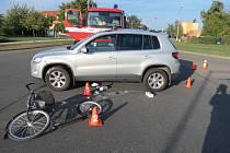 Nehodu, při níž se velmi vážně zranila čtyřicetiletá žena na koloběžce, řešili v úterý odpoledne policisté v Kroměříži.