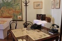 Výročí konce války připomíná v Holešově výstava