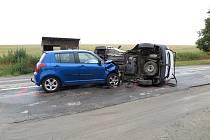 Nedání přednosti bylo příčinou srážky dvou vozidel u obce Lutopecny