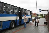 V Šelešovicích mají už pár týdnů novou autobusovou zaastávku, která se nachází i na nové místě. Chybí tam už jen dodělat čekárnu.