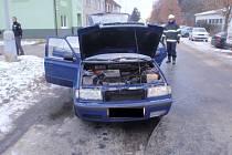 Požár motorového vozidla Škoda Octavia.