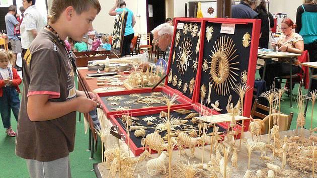 Jarmark řemesel v kulturním domě v Hulíně