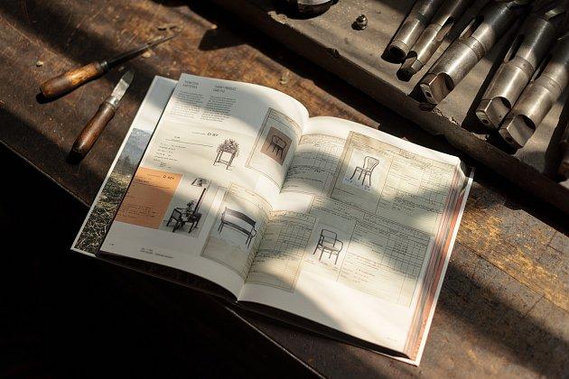 Kniha autora Adama Štěcha vydaná vnákladu 2500kusů při příležitosti 160let od založení továrny vBystřici pod Hostýnem.