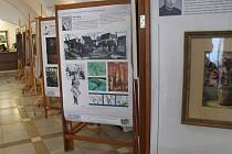 Kroměřížská radnice nabízí výstavu děl a životních příběhů umělců a učitelů, kteří v regionu působili v poválečném období.