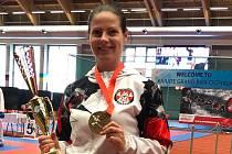 Kroměřížská architektka Ivana Laštůvková se výrazně prosadila i v karate. Doma má bohatou sbírku úspěchů i medailí.