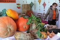 Výstava ovoce a zeleniny ve Chvalčově