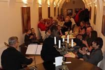 Kroměřížská výtvarnice Eva Navrátilová vystavuje až do 7. dubna v kroměřížské cukrárně Amadeus.