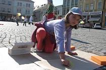 Na Velkém náměstí v Kroměříži slavili ve středu 22. září 2010 Evropský den bez aut. Pro děti členové kroměřížského Sokola připravili celou řadu soutěží, nechyběl ani tradiční Běh naděje.