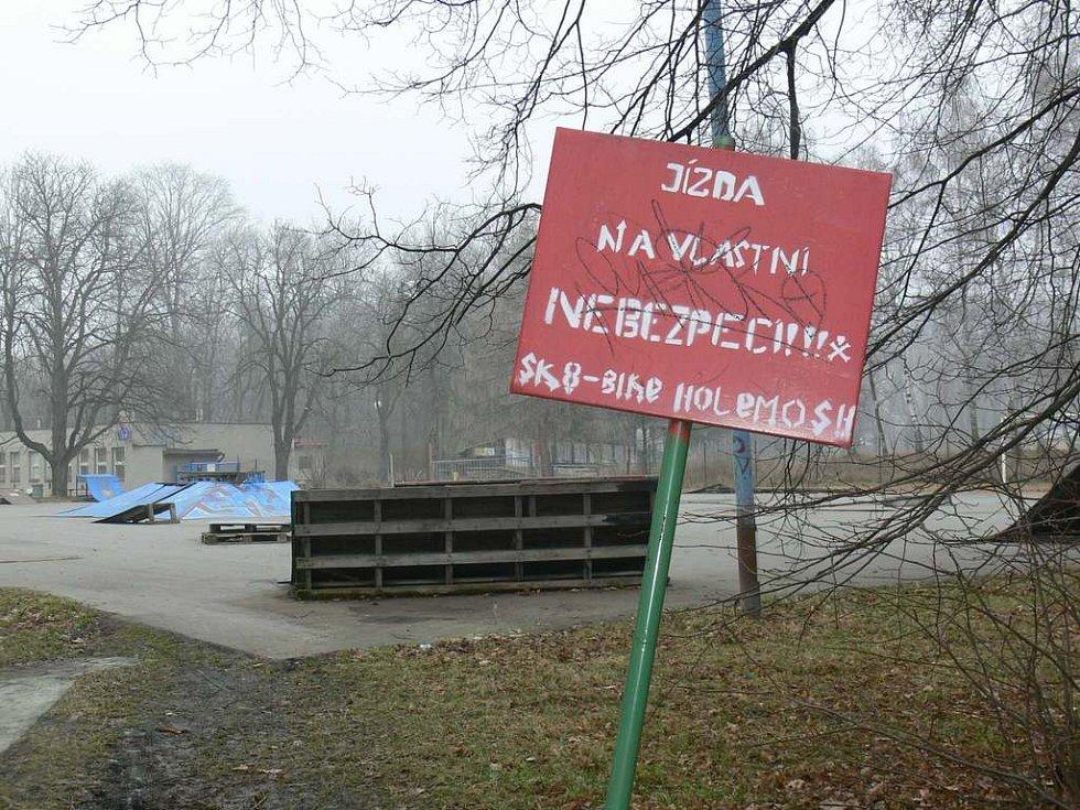 V rámci projektu prevence kriminality chtějí představitele Holešova vybavit tamní skatepark novými, kvalitními překážkami.