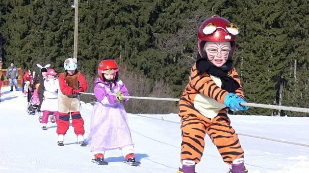 Karneval na lyžích na Trojáku