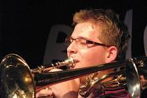 V kroměřížském Domě kultury zahrál v pondělí 21. června 2010 Black Melody jazzband.