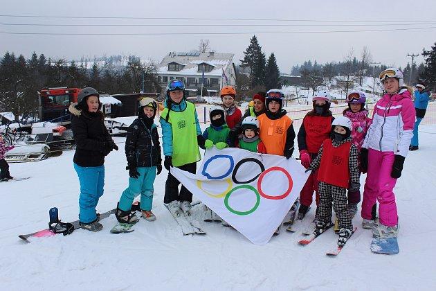 I přes nabitý doprovodný program bavilo táborníky z TyMy centra nejvíce lyžování.
