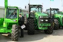 Výstava zemědělské techniky Lukrom.