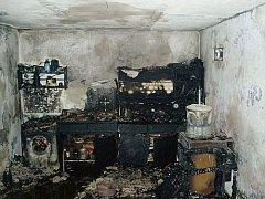 Vyhořelý dům v Troubkách.