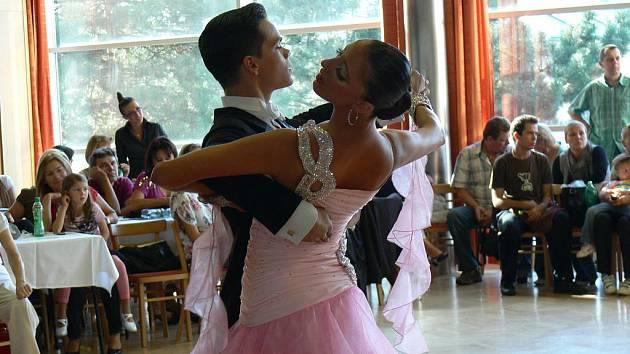 V Kroměříž se konala v sobotu 24. září soutěž ve strandardních i latinskoamerických tancích s názvem Kroměřížský taneční festival 2011.