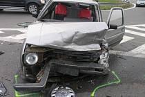 Dopravní nehoda tří osobních vozidel na kroměřížském dálničním obchvatu poblíž Skaštic.