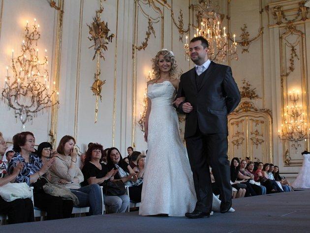 Noblesní prostory Arcibiskupského zámku v Kroměříži hostily první květnový den akci s názvem Svatba jako v Pohádce.