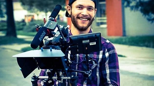 Ivan Číhal, režisér a scénárista dokumentu Anomalous odpovídal ON-LINE